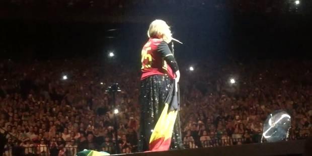 Adèle, fan des Diables ? La chanteuse portait leur maillot au Sportpaleis hier soir - La DH