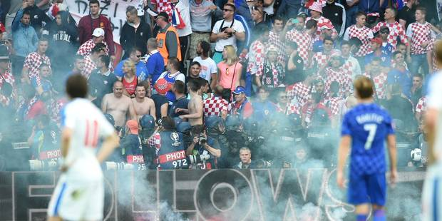 """Les hooligans, ces """"terroristes du sport"""" - La DH"""