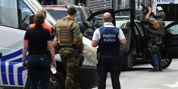 Terrorisme: 8 perquisitions à Bruxelles, 3 personnes emmenées puis remises en liberté - La DH