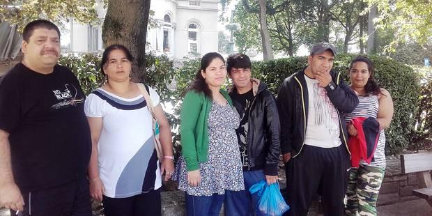 Des enfants roms dorment à la rue avec leurs parents à Bruxelles - La DH