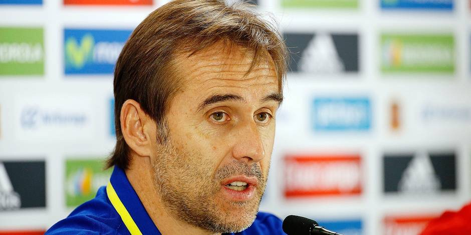 BRUSSELS, BELGIUM - 31 AUGUST : Julen Lopetegui head coach of Spain talk during a press conference of the National Soccer Team of Spain as part of the preparation prior to the friendly match between Spain and Belgium at the King Baudouin stadium , on 31/08/2016, in Brussels, Belgium. ( Photo by Jimmy Bolcina / Photonews