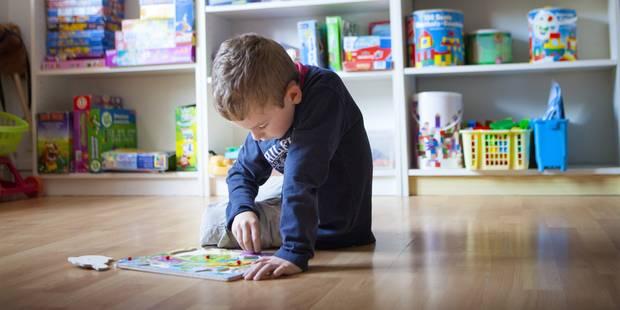Les parents d 39 un enfant autiste portent plainte contre l for Portent jobs