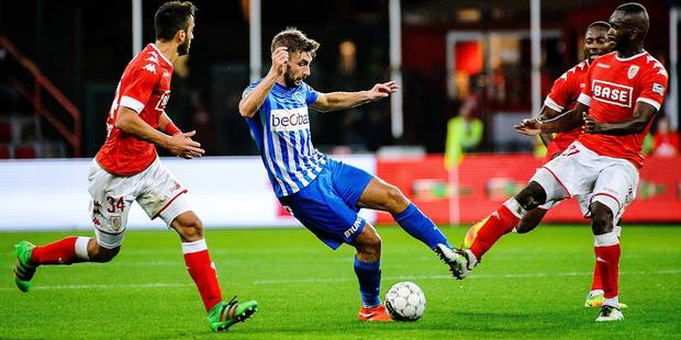 Standard's Konstantinos Laifis, Genk's Julien Gorius and Standard's William Ribeiro Soares pictured in action during the Jupiler Pro League match between Standard de Liege and RC Genk, Sunday 11 September 2016, on the sixth day of the Belgian soccer championship. BELGA PHOTO NICOLAS LAMBERT
