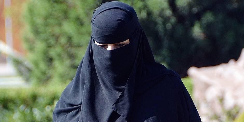 Terrorisme: une Brabançonne de 17 ans voulait monter un commando féminin