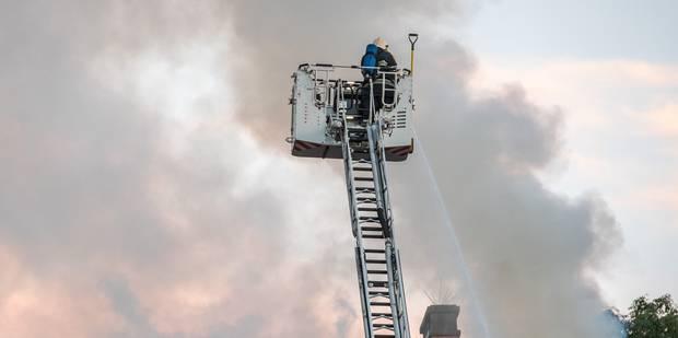 Un incendie dans une habitation de Jambes fait un mort - La DH