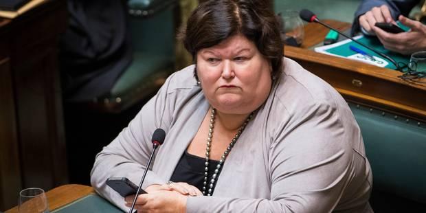 Maggie De Block critiquée par les étudiants, les psychomotriciens et le PTB - La DH