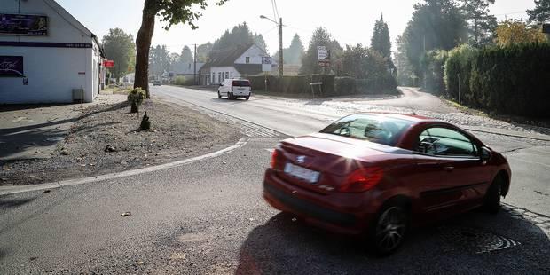 Le carrefour dangereux à la route d'Ath en réflexion - La DH