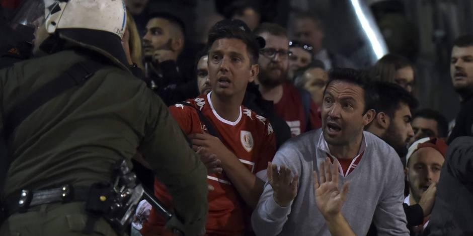 """Un fan liégeois chargé par la police grecque témoigne: """"Je ne pensais qu'à une chose: protéger ma tête"""" (VIDEO)"""