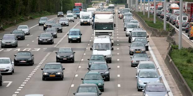 Plus de 360 km de files sur les routes et une dizaine d'accidents ce jeudi matin - La DH