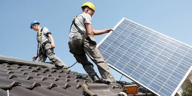 A l'horizon 2020, 80.000 m2 de photovoltaïque seront installés sur les bâtiments publics bruxellois - La DH