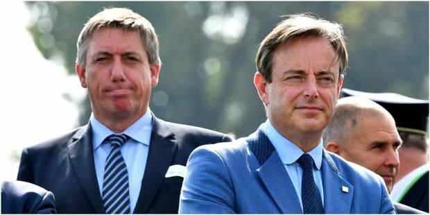 Que faisait Bart De Wever à la réunion de crise le lendemain des attentats de Bruxelles? - La DH