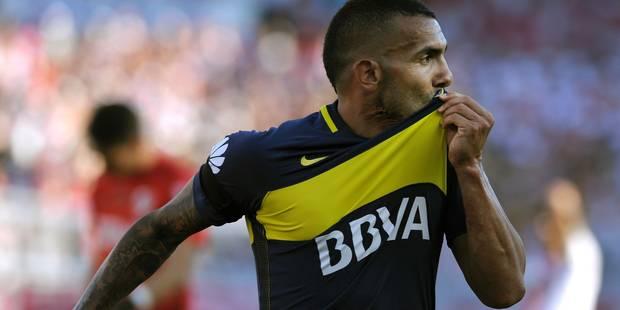 OFFICIEL: Carlos Tevez quitte Boca Juniors pour le Shanghai Shenhua pour un montant record - La DH