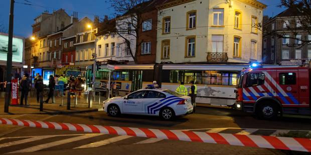 Un homme âgé perd la vie dans un accident avec un tram à Uccle