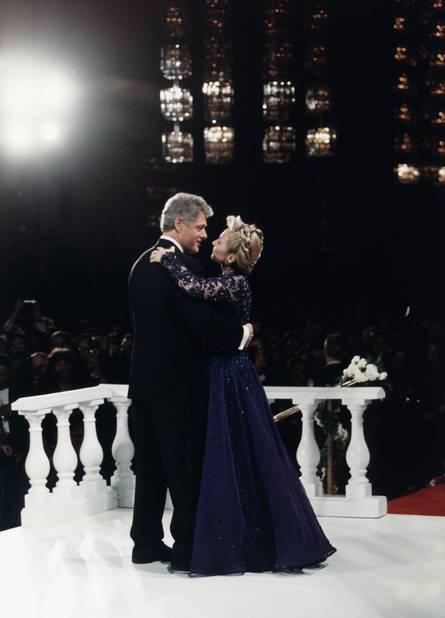 Le 20 janvier 1993, Hillary Clinton portait du Sarah Phillips, une créatrice américaine.