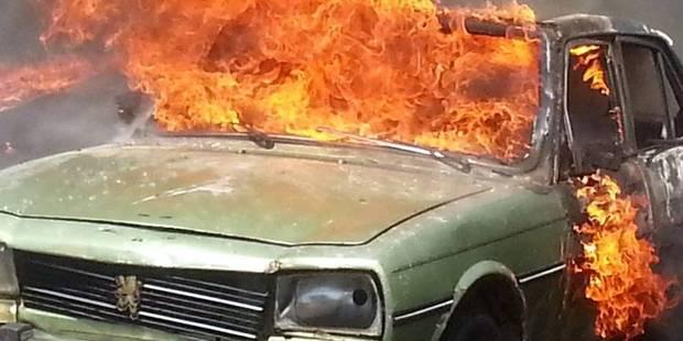 Voiture incendiée à Verviers la nuit dernière - La DH