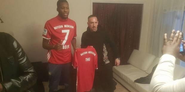 Franck Ribéry offre un maillot à Théo (PHOTO) - La DH