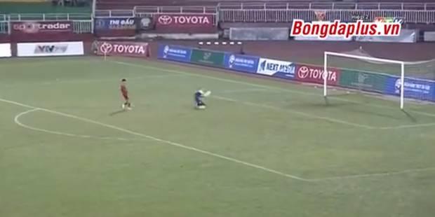 Victime d'un penalty cadeau en fin de match, une équipe pète les plombs ! (VIDEO) - La DH