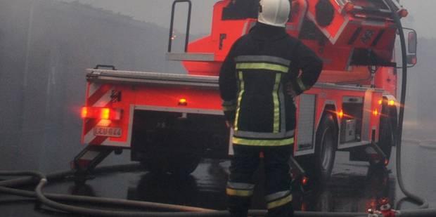 Double incendie dans une ancienne école à Jemeppe-sur-Sambre - La DH