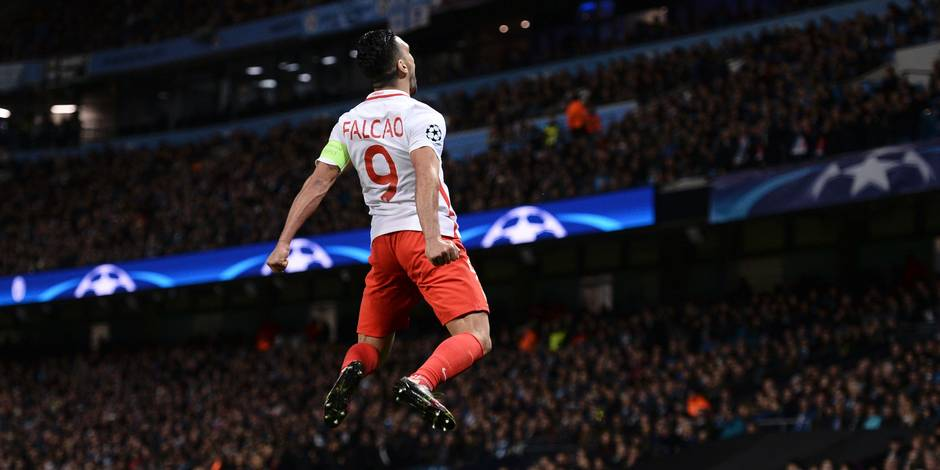 Le lob exceptionnel de Falcao! (VIDEO)