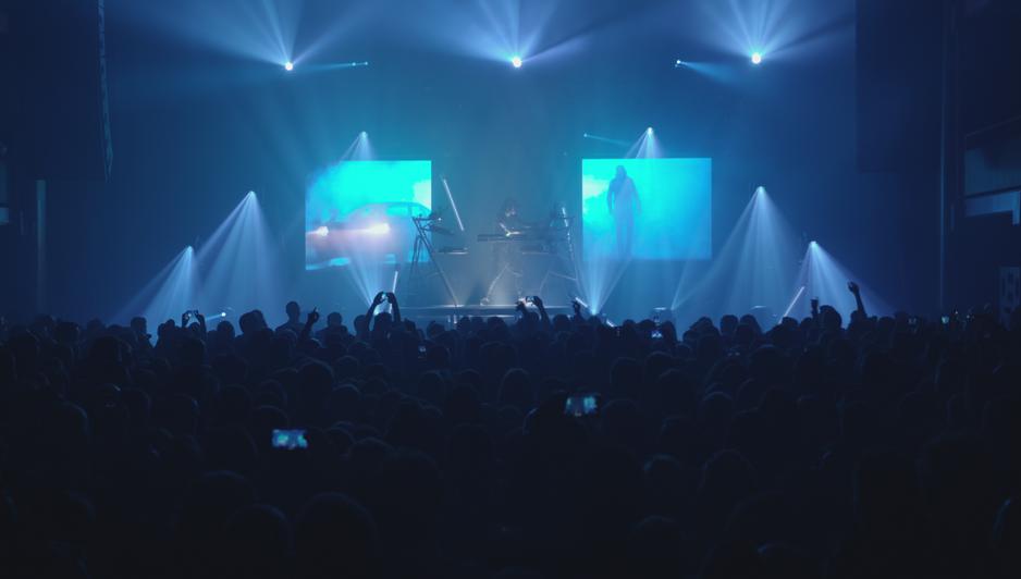 Qui Se Cache Derrière Kid Noize, Le DJ à La Tête De Singe? (VIDEO)