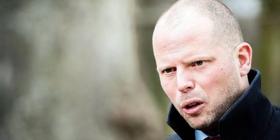 Nouvelle victoire pour Theo Francken: 4 imams qui contestaient un refus de visa ont été déboutés