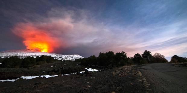 Le volcan Etna explose violemment blessant des touristes et une équipe de la BBC - La DH