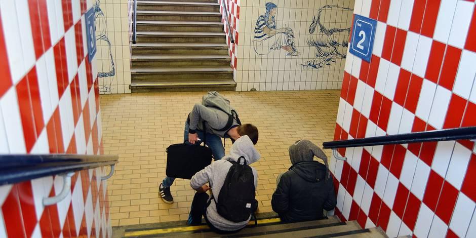 François et Anthony, deux SDF dans un tunnel - La DH