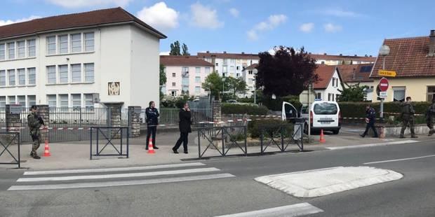Présidentielle française: Des bureaux de vote temporairement évacués - La DH