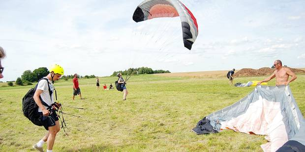 La région dinantaise propice aux accidents de parapentes - La DH