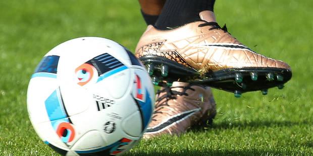 Vaste opération du fisc dans le football au Royaume-Uni et en France - La DH