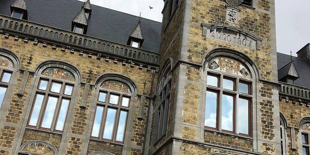 Courcelles : l'hôtel de ville est-il sécurisé ? - La DH
