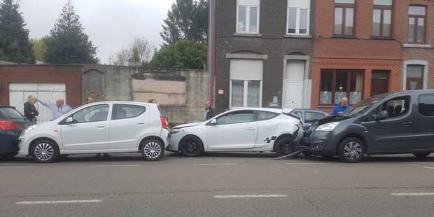 Quatre voitures se tamponnent à Couillet - La DH