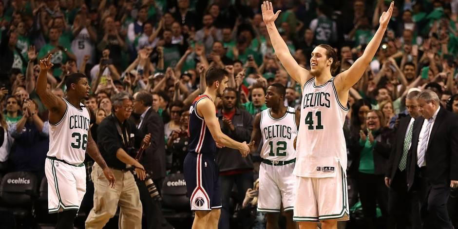 NBA: Boston rejoint Cleveland en finale de conférence à l'Est (VIDEO)