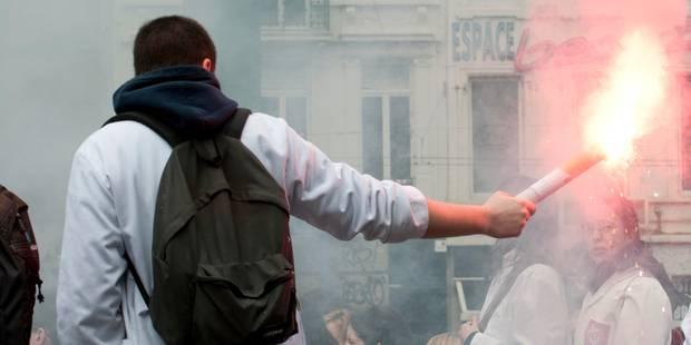 Un front commun d'étudiants en médecine en justice contre l'Etat belge - La DH