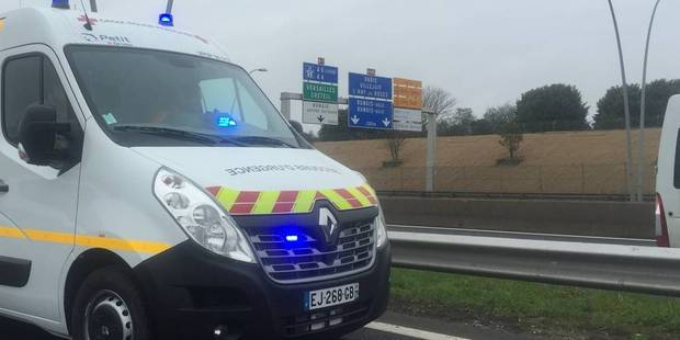 France : collision entre un camion et un bus transportant des écoliers néerlandais - La DH