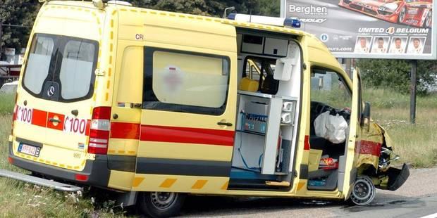 Un jeune homme de 26 ans décède après une chute à vélo à Zeebrugge - La DH