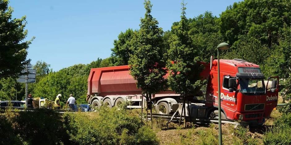 Deux blessés dans un accident spectaculaire à Villers-le-Bouillet