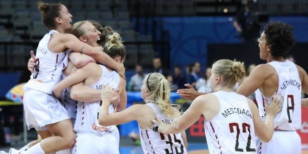 Retour festif pour les Belgian Cats après leur médaille de bronze - La DH