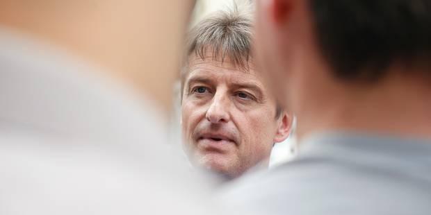 Rencontre Lutgen-Chastel: le MR privilégie une solution politique pour les trois entités fédérées - La DH