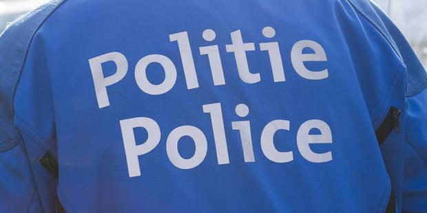 Deux individus forcent un barrage de police à Arlon - La DH
