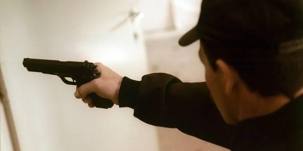 Armé en rue à Louvain-la-Neuve : le prévenu n'a rien à dire? - La DH