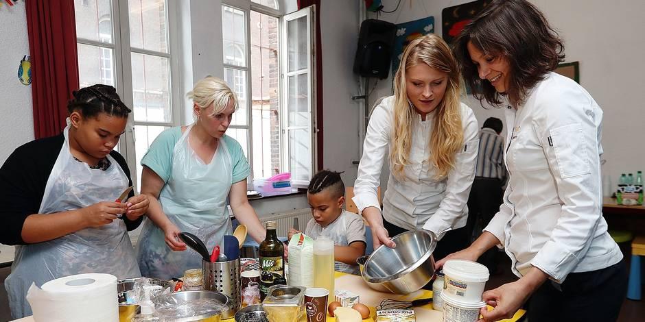 Bruxelles: Des ateliers cuisine pour rapprocher réfugiés et locaux au Petit-Château