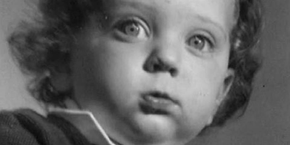 Reconnaîtrez-vous cet enfant devenu célèbre en France ?