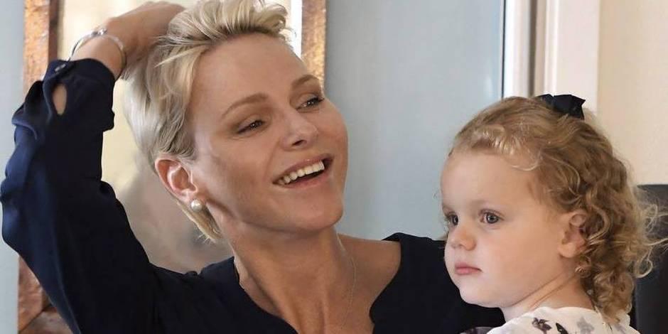 La princesse Charlene, quand la belle de jour se transforme en maman rieuse