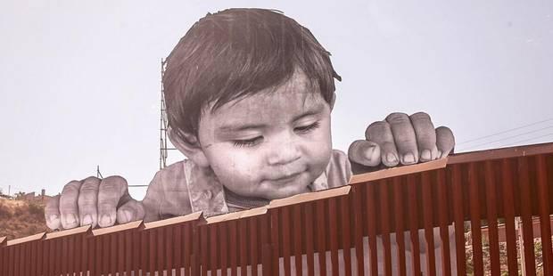 Une fresque à la frontière mexicaine nargue Donald Trump - La DH