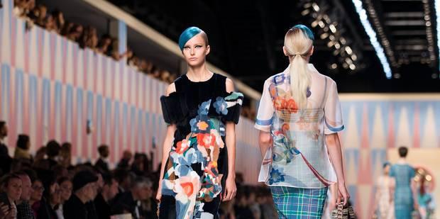 Mode à Milan: femme combattive chez Prada, tropicale chez Fendi - La DH