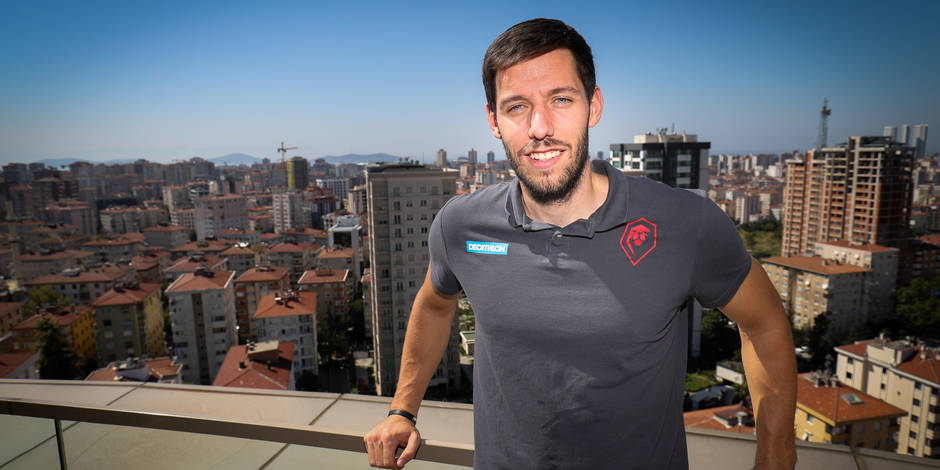 Sam Van Rossom n'ira finalement pas au Real Madrid : il retourne à Valence