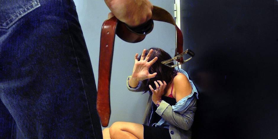 ©PHOTOPQR/LA DEPECHE DU MIDI ; Le 22/11 - Chaque année en France, près de 150 femmes meurent des coups de leur compagnon. Najat Vallaud-Belkacem présente ce matin des mesures contre ce fléau. ILLUSTRATION
