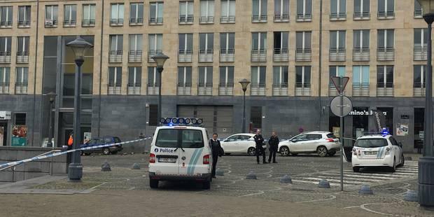 Périmètre levé Place Saint-Lambert à Liège: il s'agissait d'une fausse alerte - La DH