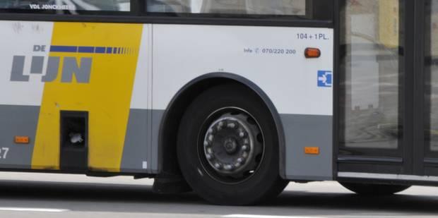 Un bus De Lijn à nouveau pris pour cible de jets d'objets à Anderlecht - La DH